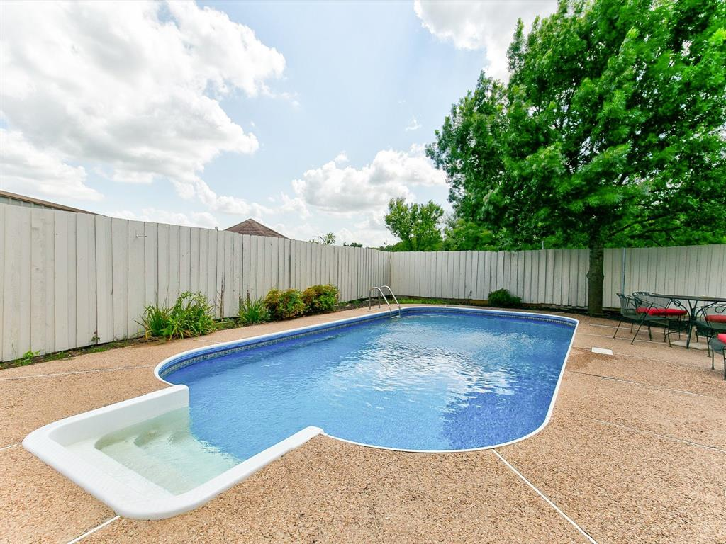 2830 Oakdale  Drive, Burleson, Texas 76028 - acquisto real estate best real estate follow up system katy mcgillen