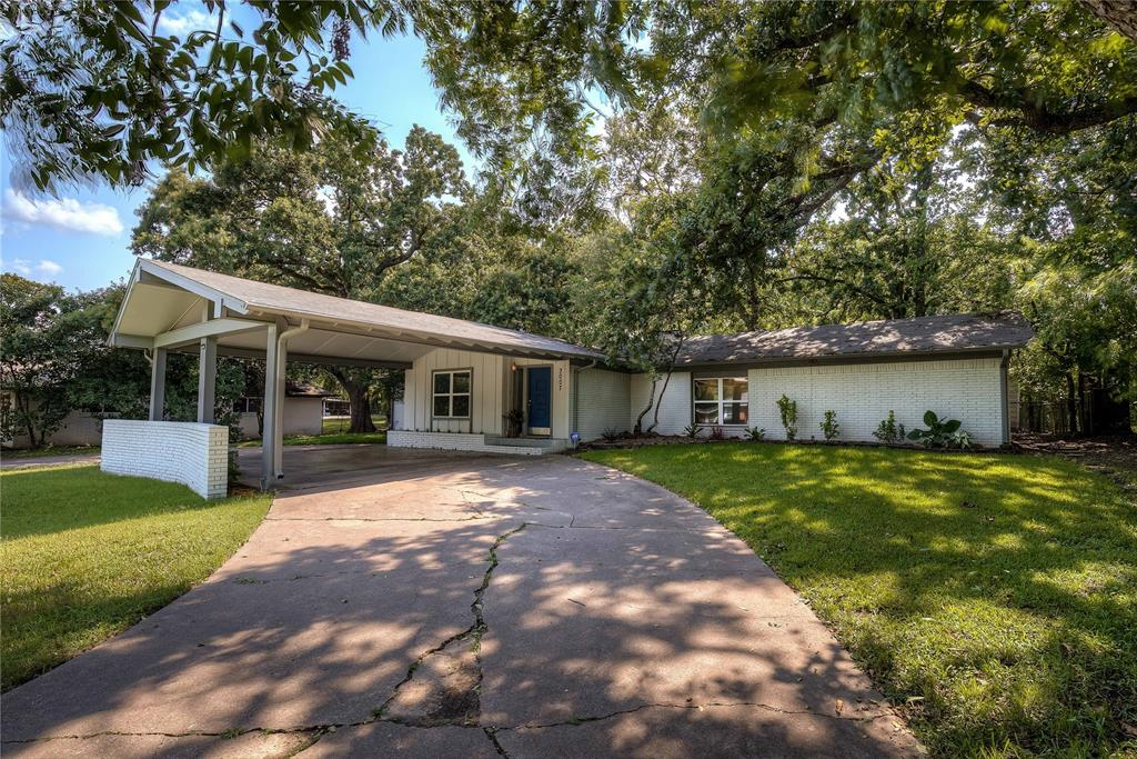 3007 Tanglewood  Drive, Commerce, Texas 75428 - Acquisto Real Estate best frisco realtor Amy Gasperini 1031 exchange expert