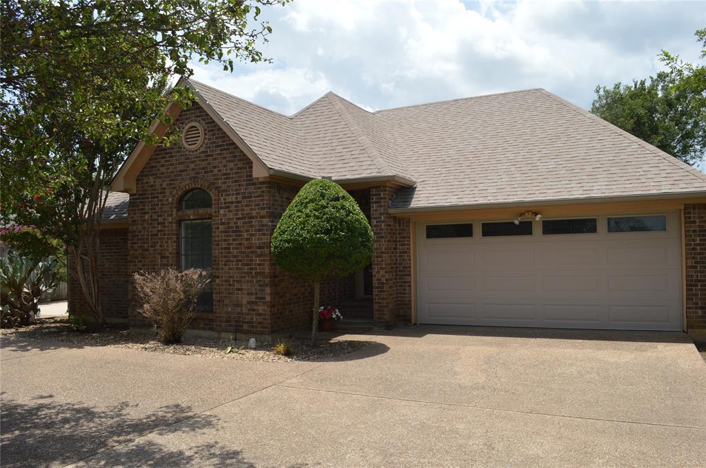 812 Shady Grove  Drive, Granbury, Texas 76049 - Acquisto Real Estate best frisco realtor Amy Gasperini 1031 exchange expert