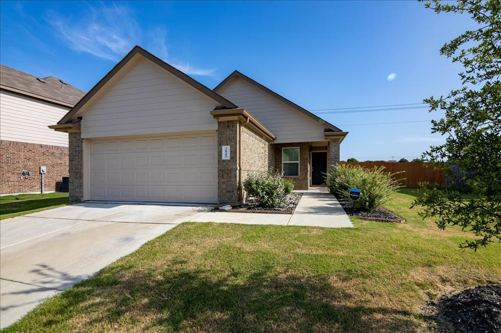 2045 Verbena  Drive, Lancaster, Texas 75146 - Acquisto Real Estate best frisco realtor Amy Gasperini 1031 exchange expert
