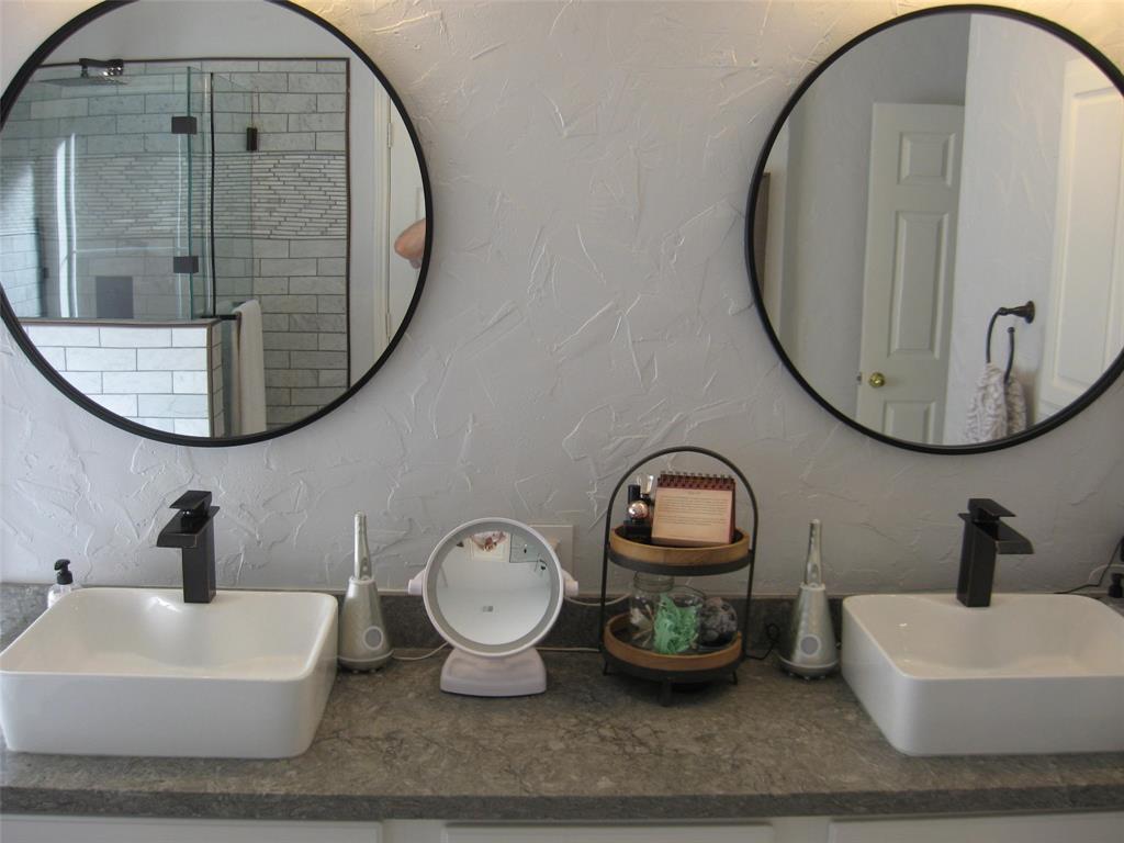 2215 Richmond  Circle, Mansfield, Texas 76063 - acquisto real estate best listing photos hannah ewing mckinney real estate expert