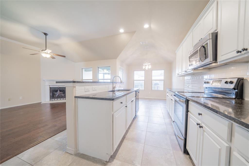 14344 Broomstick  Road, Fort Worth, Texas 76052 - acquisto real estate best listing listing agent in texas shana acquisto rich person realtor