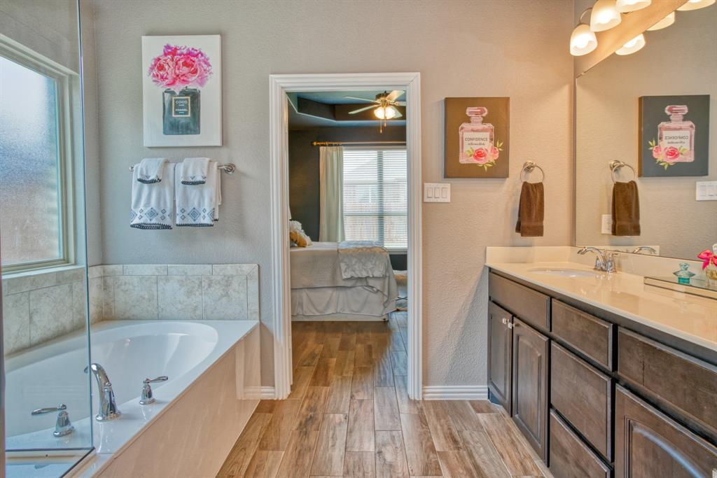 201 Mineral Point  Drive, Aledo, Texas 76008 - acquisto real estate best listing photos hannah ewing mckinney real estate expert
