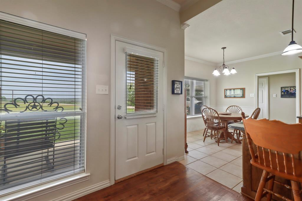 4760 Bonnie Brae  Street, Denton, Texas 76207 - acquisto real estate best photos for luxury listings amy gasperini quick sale real estate