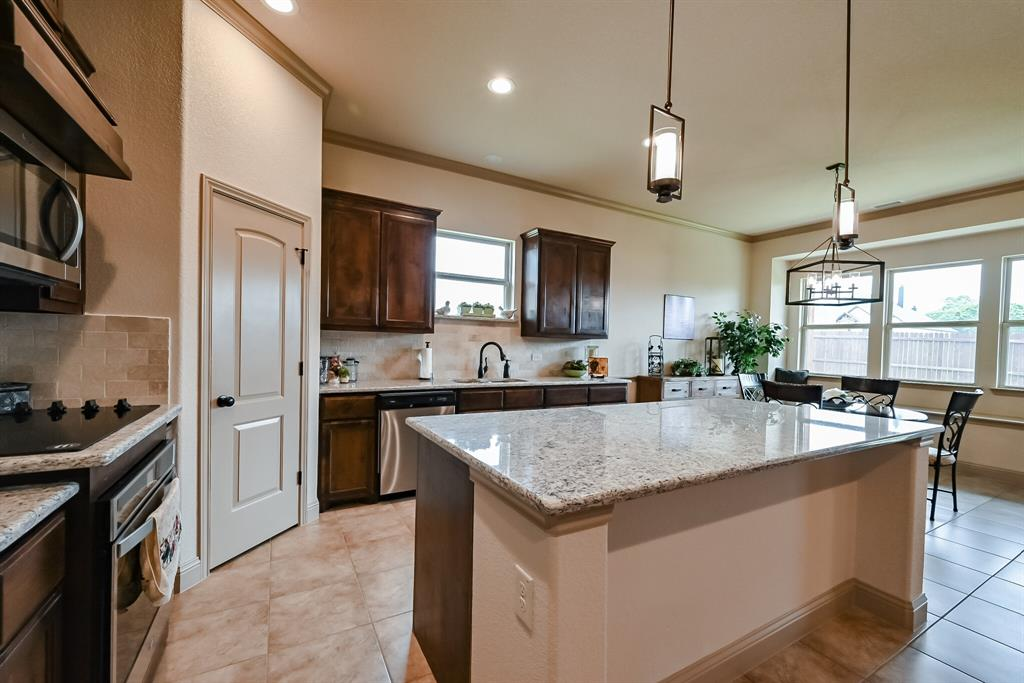 3016 Capital Hill  Drive, Burleson, Texas 76028 - acquisto real estate best designer and realtor hannah ewing kind realtor