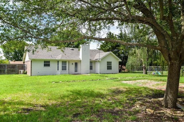 1304 Azalea  Lane, Waxahachie, Texas 75165 - acquisto real estate best realtor westlake susan cancemi kind realtor of the year