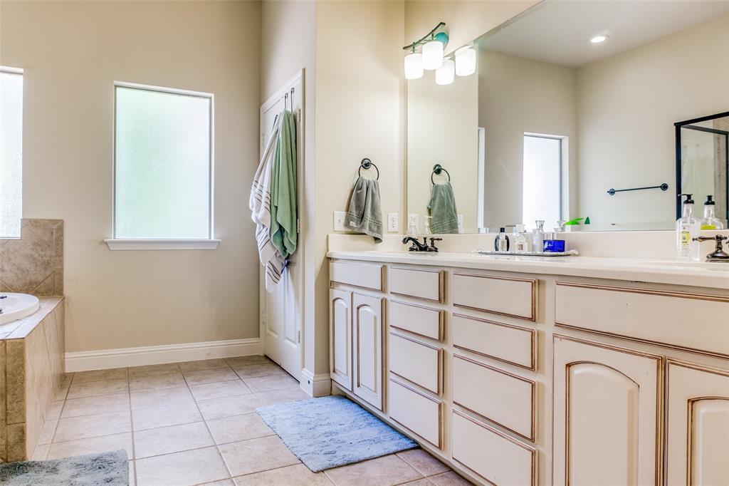 8821 Tudor  Place, Dallas, Texas 75228 - acquisto real estate best photos for luxury listings amy gasperini quick sale real estate