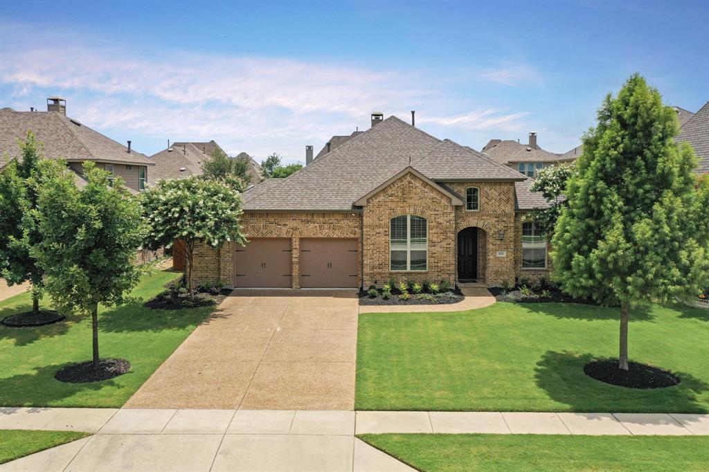 801 Quiet Oak  Lane, Prosper, Texas 75078 - Acquisto Real Estate best plano realtor mike Shepherd home owners association expert