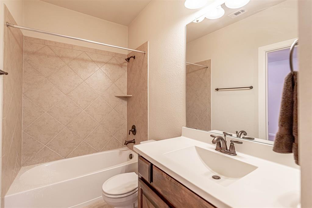8325 Sandhill Crane  Drive, Fort Worth, Texas 76118 - acquisto real estate best photo company frisco 3d listings