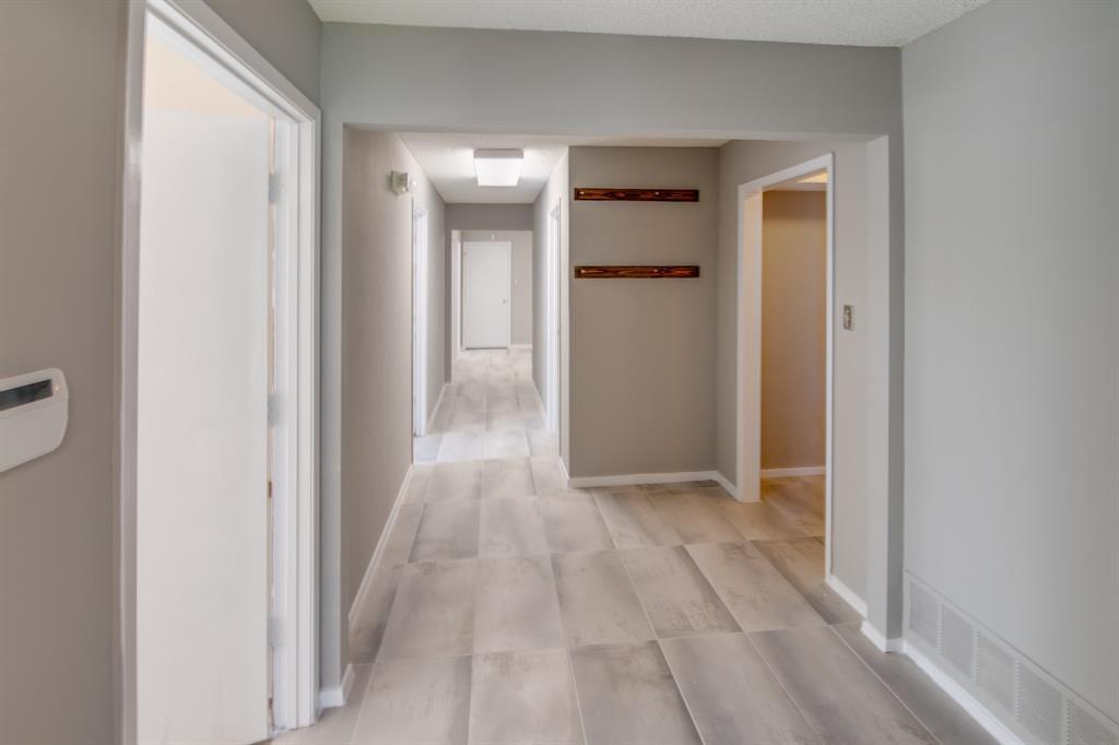 3105 Arkansas  Lane, Dalworthington Gardens, Texas 76016 - acquisto real estate best luxury buyers agent in texas shana acquisto inheritance realtor