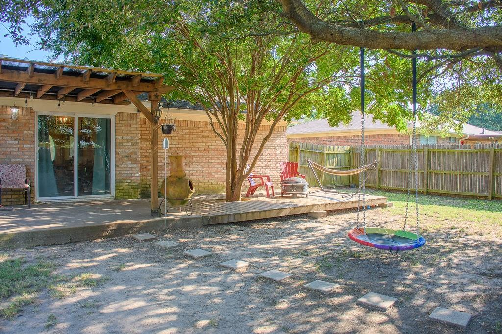 206 Hackberry  Drive, Greenville, Texas 75402 - acquisto real estate best flower mound realtor jody daley lake highalands agent of the year