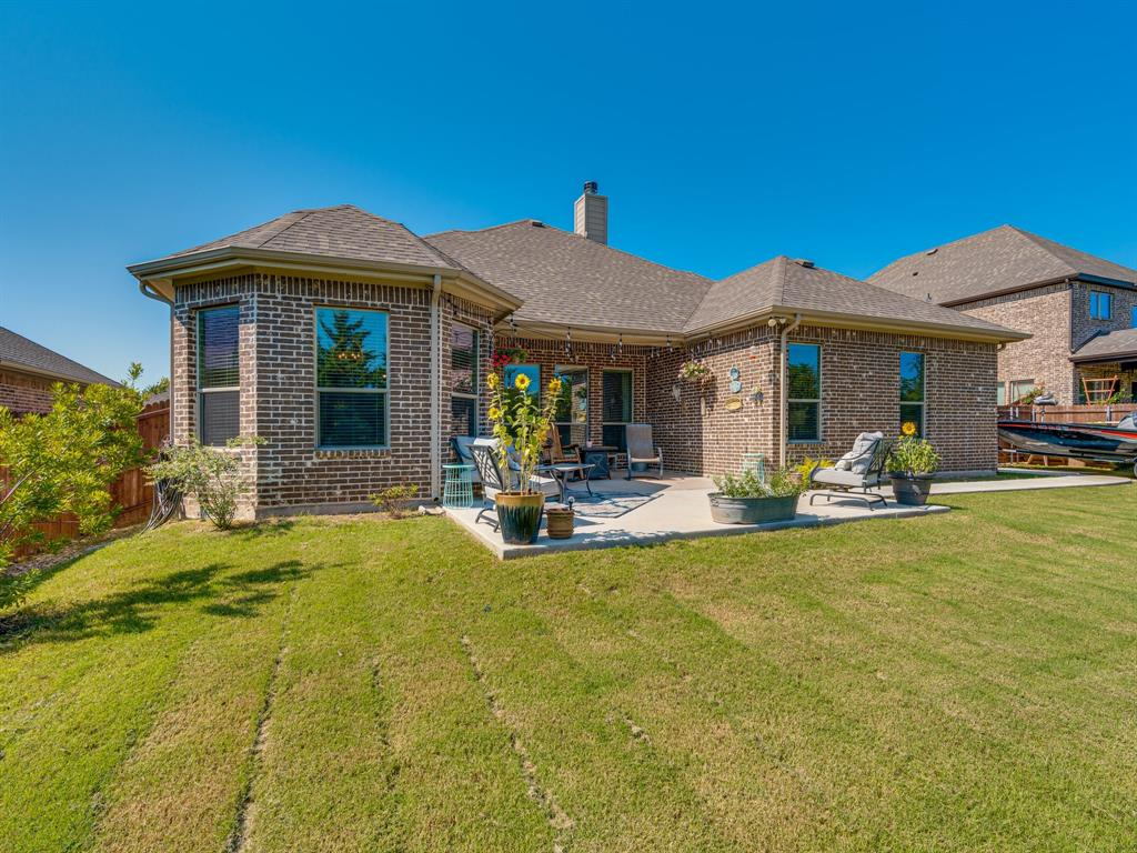 409 Hillstone  Drive, Midlothian, Texas 76065 - acquisto real estate agent of the year mike shepherd