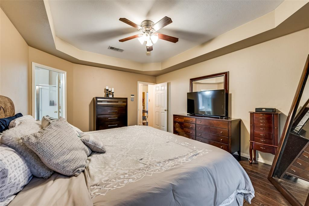 6319 Pierce Arrow  Drive, Arlington, Texas 76001 - acquisto real estate best realtor dallas texas linda miller agent for cultural buyers