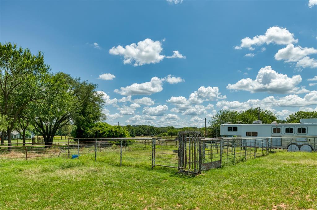 3710 Crestridge  Drive, Granbury, Texas 76048 - Acquisto Real Estate best frisco realtor Amy Gasperini 1031 exchange expert