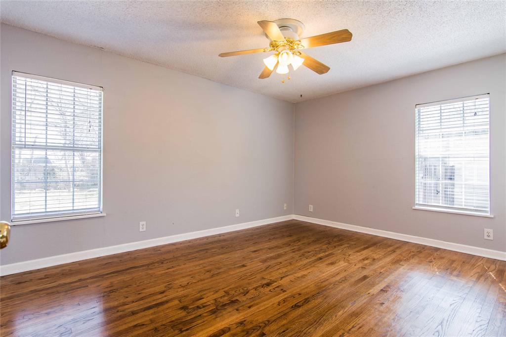 928 Dora  Street, Bedford, Texas 76022 - acquisto real estate best luxury buyers agent in texas shana acquisto inheritance realtor