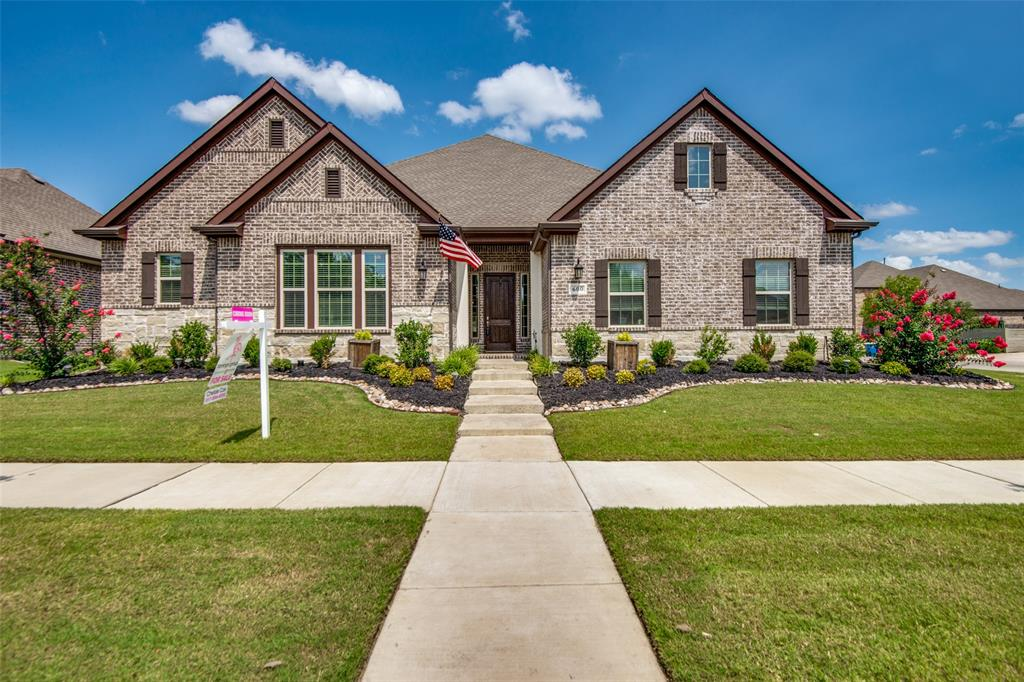600 Sunflower  Avenue, Argyle, Texas 76226 - Acquisto Real Estate best plano realtor mike Shepherd home owners association expert
