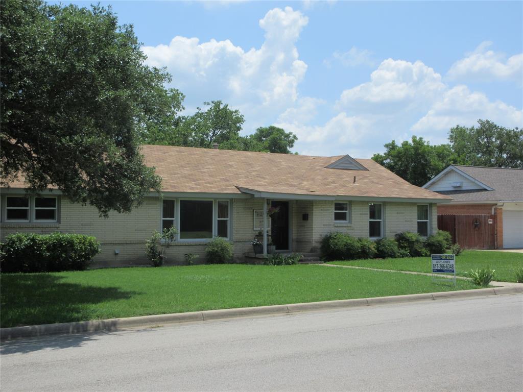 3828 London  Lane, Richland Hills, Texas 76118 - Acquisto Real Estate best mckinney realtor hannah ewing stonebridge ranch expert