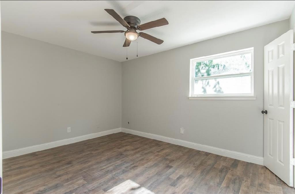 1001 5th  Street, Grand Prairie, Texas 75051 - acquisto real estate best new home sales realtor linda miller executor real estate