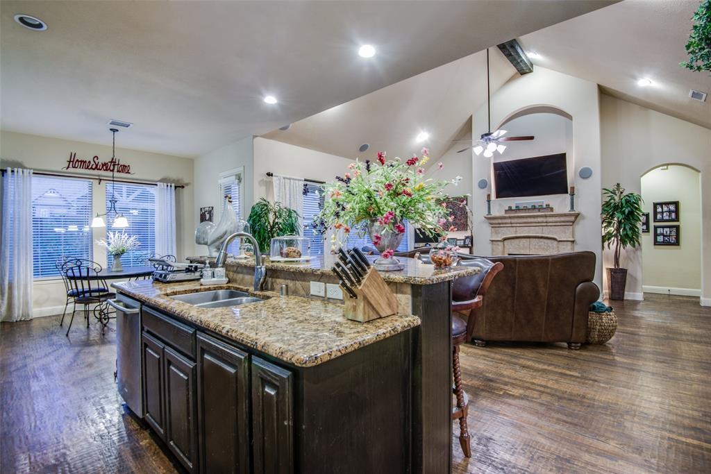1124 Claire  Street, Lantana, Texas 76226 - acquisto real estate best highland park realtor amy gasperini fast real estate service