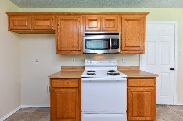 1304 Azalea  Lane, Waxahachie, Texas 75165 - acquisto real estate best real estate company in frisco texas real estate showings