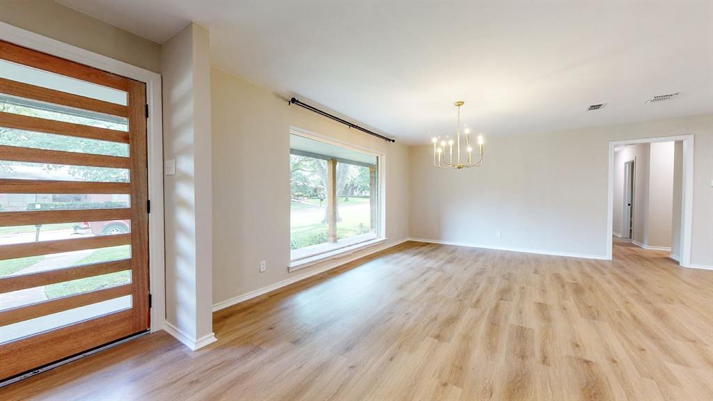 7636 Tophill  Lane, Dallas, Texas 75248 - acquisto real estate best the colony realtor linda miller the bridges real estate