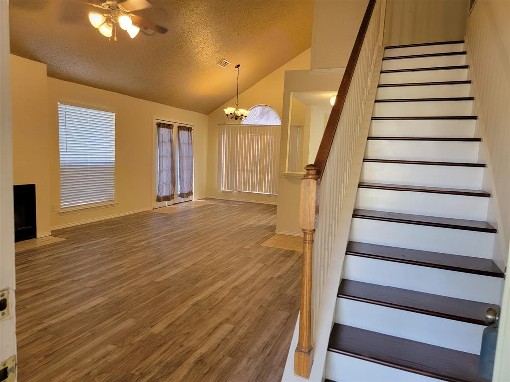 6036 Maple Leaf  Drive, Arlington, Texas 76017 - acquisto real estate best plano real estate agent mike shepherd