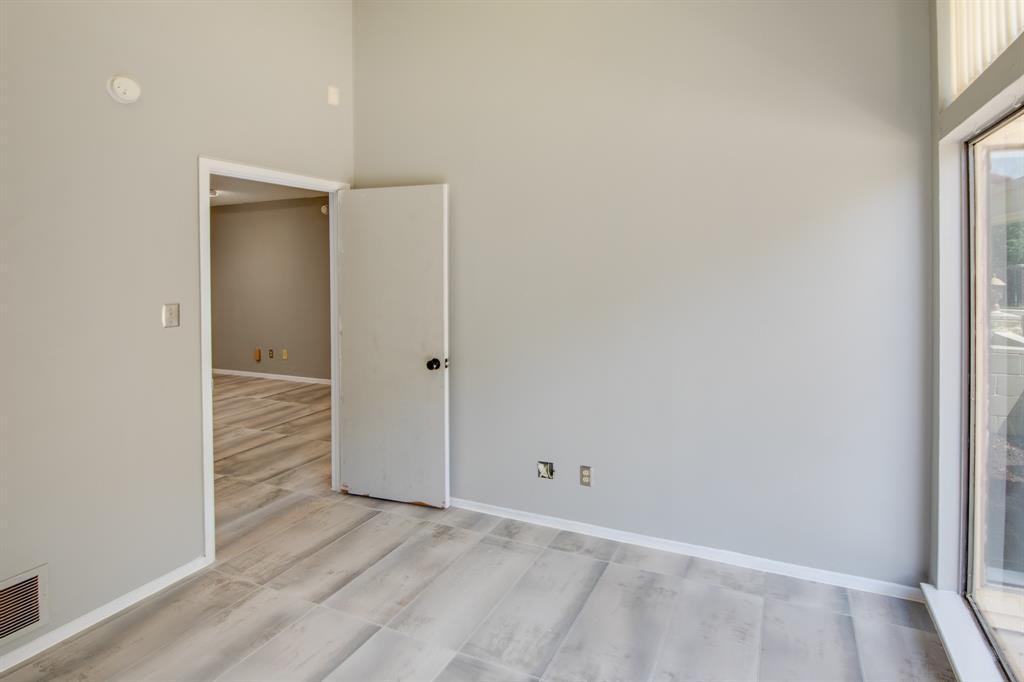 3105 Arkansas  Lane, Dalworthington Gardens, Texas 76016 - acquisto real estate best real estate company in frisco texas real estate showings