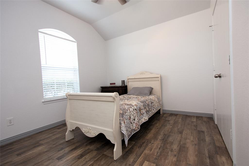 621 Sparrow  Drive, Saginaw, Texas 76131 - acquisto real estate best frisco real estate agent amy gasperini panther creek realtor