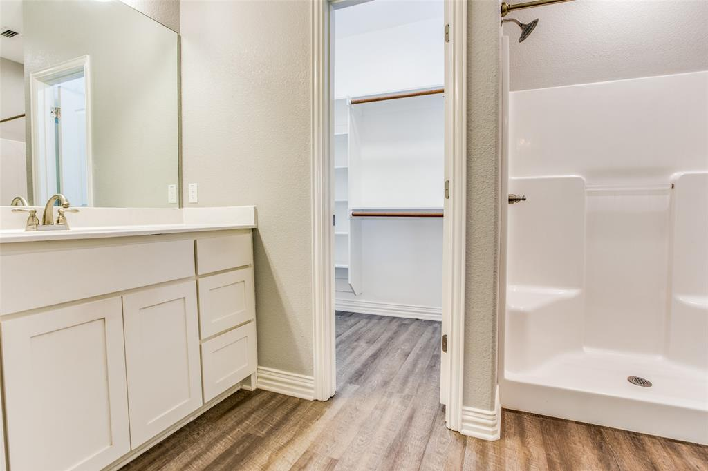 600 Johnson  Street, Denison, Texas 75020 - acquisto real estate best designer and realtor hannah ewing kind realtor