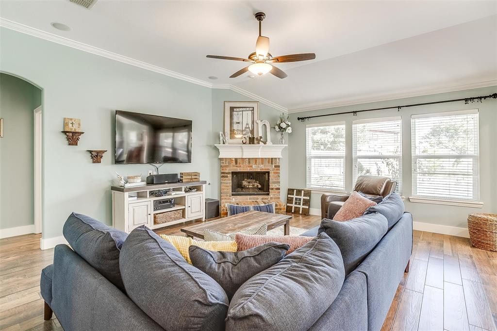304 Canadian  Trail, Mansfield, Texas 76063 - acquisto real estate best realtor dfw jody daley liberty high school realtor