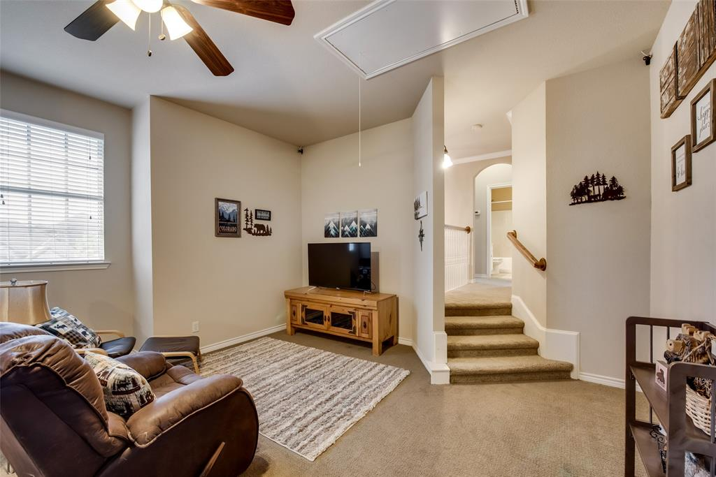 5709 Eagle Mountain  Drive, Denton, Texas 76226 - acquisto real estate best realtor dallas texas linda miller agent for cultural buyers
