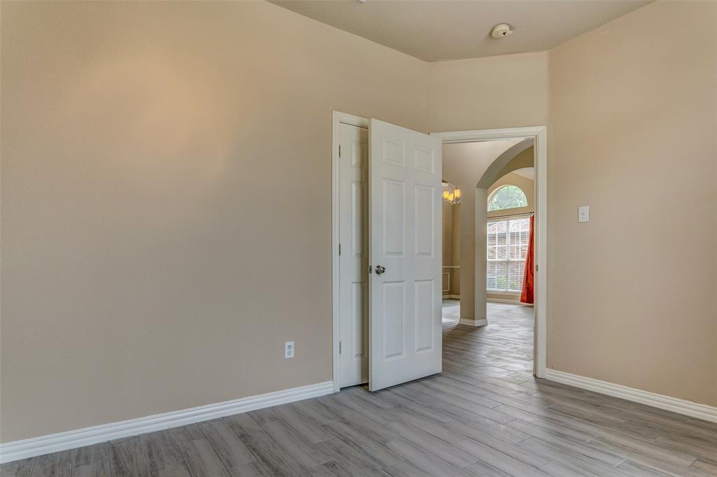420 Misty  Lane, Lewisville, Texas 75067 - acquisto real estate best celina realtor logan lawrence best dressed realtor