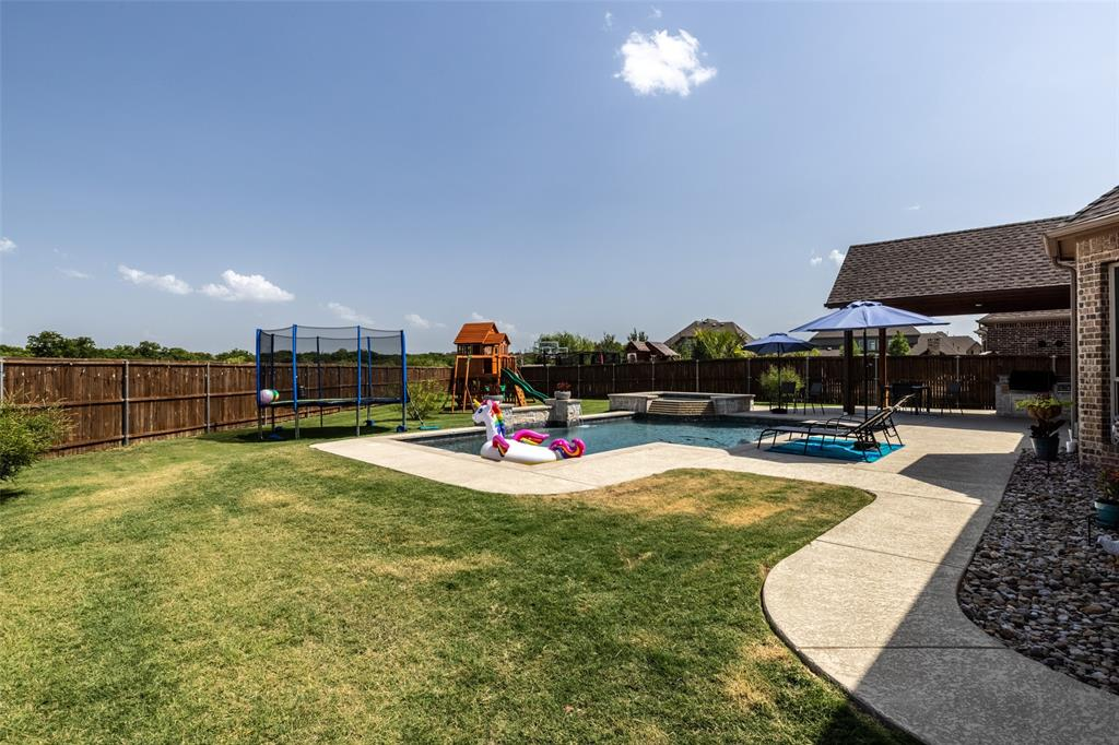2823 Mona Vale  Road, Trophy Club, Texas 76262 - acquisto real estate best real estate follow up system katy mcgillen