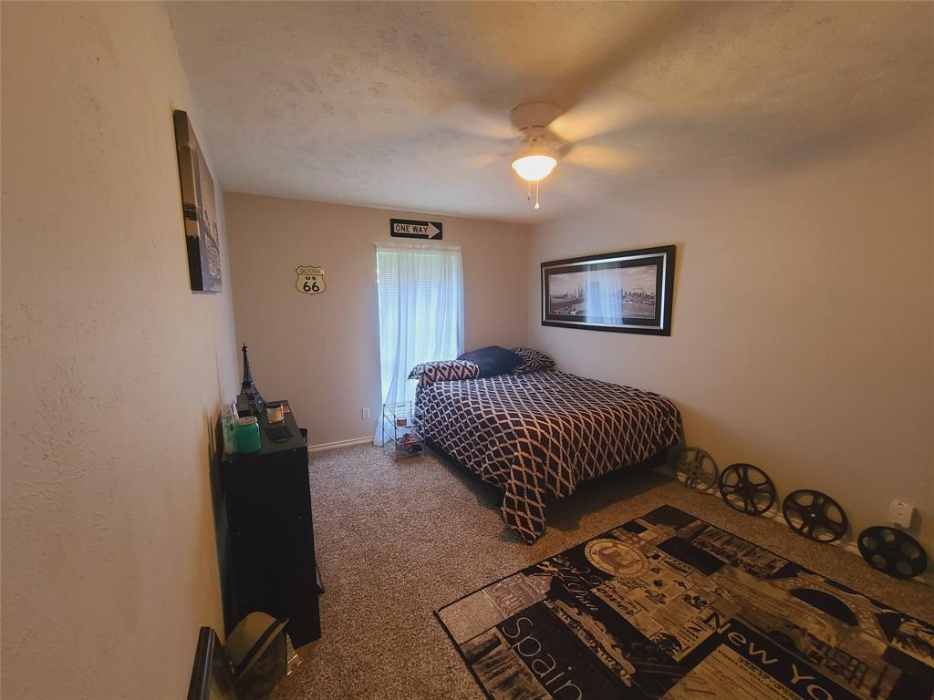3912 Villa Downs  Drive, Plano, Texas 75023 - acquisto real estate best frisco real estate agent amy gasperini panther creek realtor