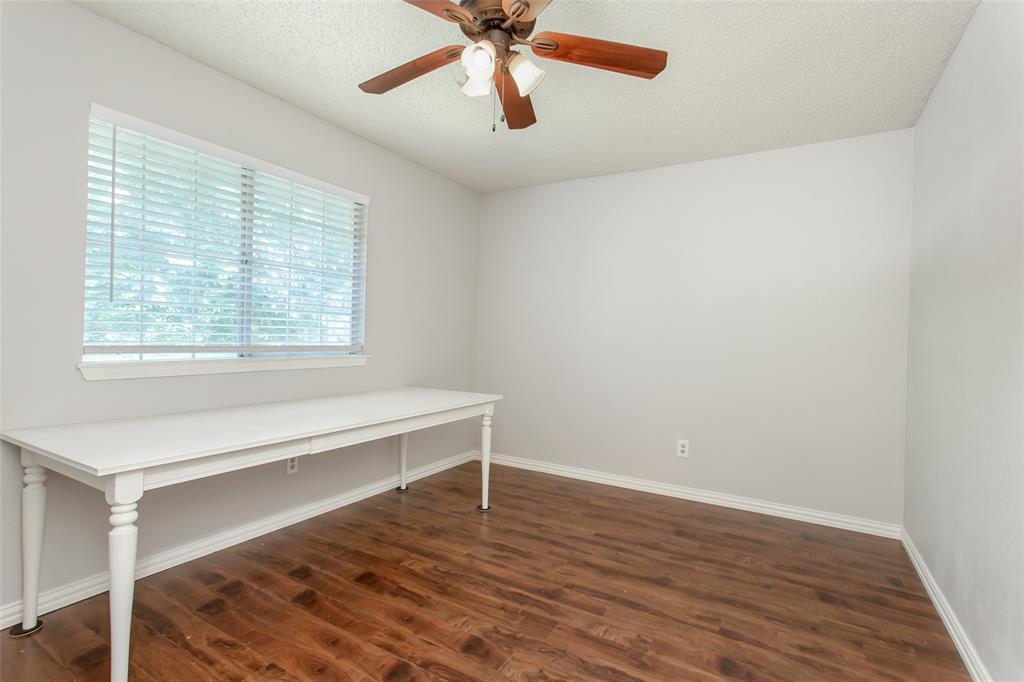 5118 Glen Vista  Drive, Garland, Texas 75044 - acquisto real estate best park cities realtor kim miller best staging agent