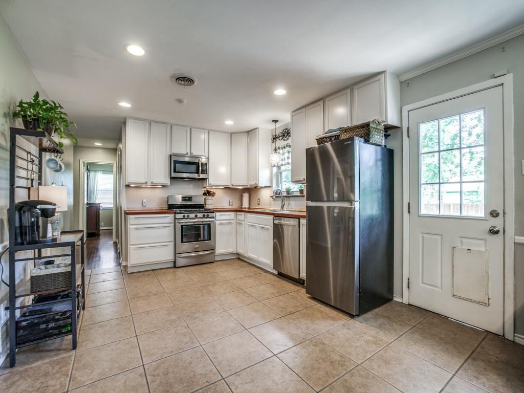 1323 Cypress  Drive, Richardson, Texas 75080 - acquisto real estate best celina realtor logan lawrence best dressed realtor