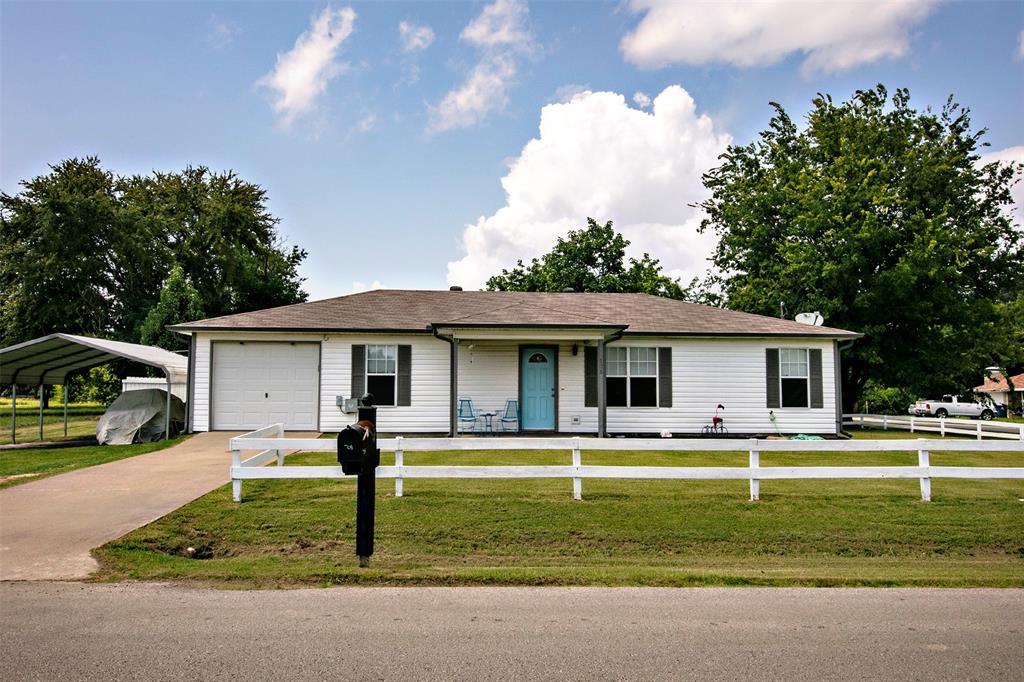 708 Kontiki  Drive, Tool, Texas 75143 - Acquisto Real Estate best frisco realtor Amy Gasperini 1031 exchange expert