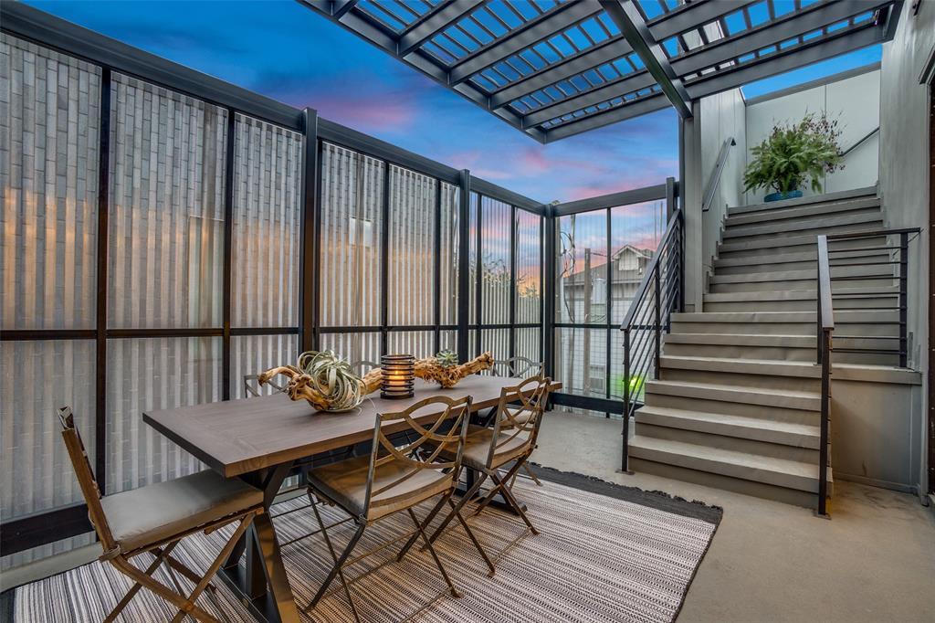 4828 Caxton  Court, Dallas, Texas 75204 - acquisto real estate smartest realtor in america shana acquisto