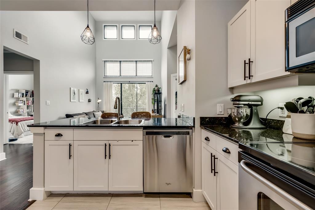 4414 Cedar Springs  Road, Dallas, Texas 75219 - acquisto real estate best designer and realtor hannah ewing kind realtor