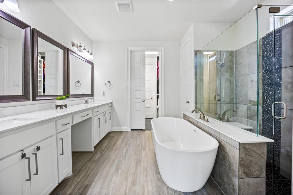 8251 Lindsay  Gardens, The Colony, Texas 75056 - acquisto real estate best realtor dfw jody daley liberty high school realtor