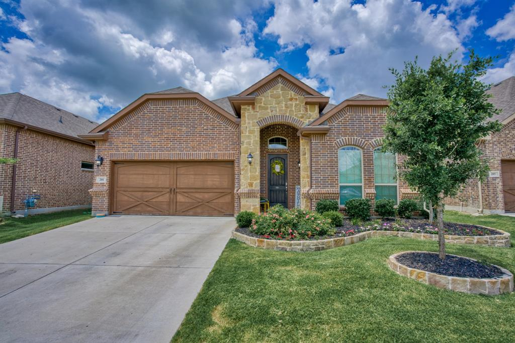 201 Mineral Point  Drive, Aledo, Texas 76008 - Acquisto Real Estate best plano realtor mike Shepherd home owners association expert
