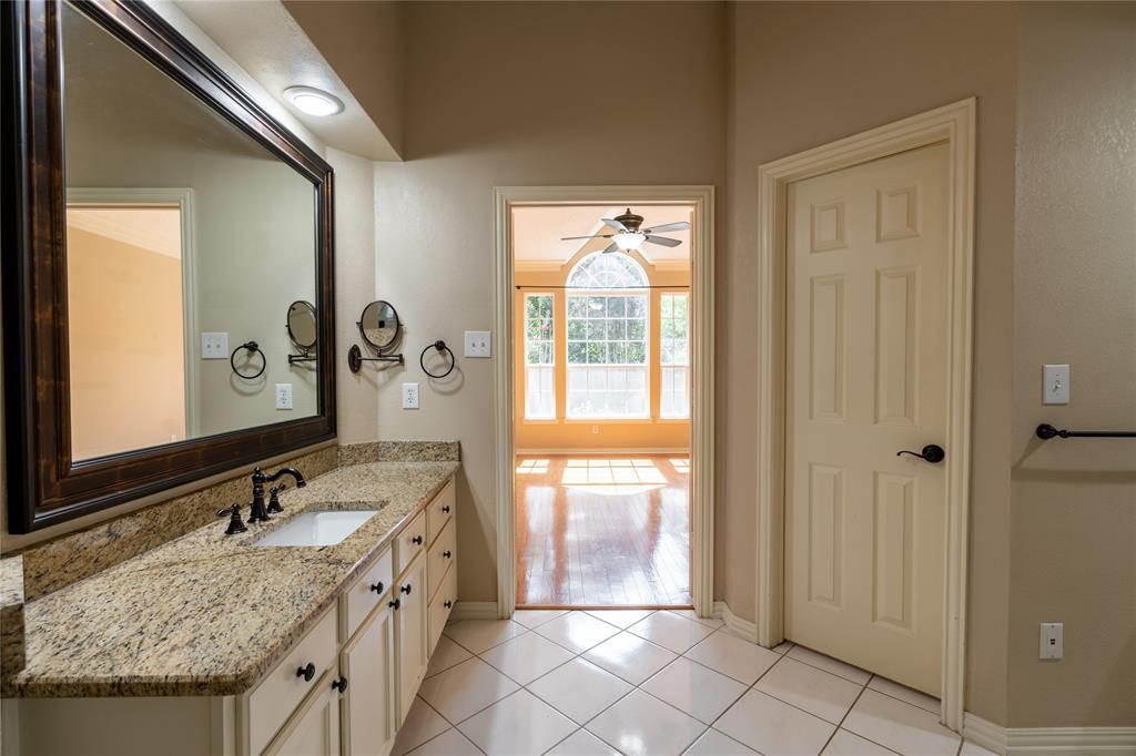 2647 Garden Ridge  Lane, Arlington, Texas 76006 - acquisto real estate best frisco real estate broker in texas for high net worth buyers