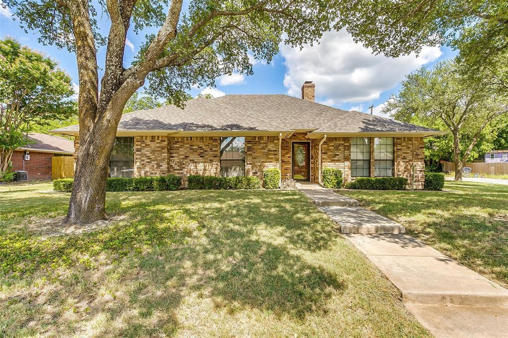200 Meadow  Lane, Aledo, Texas 76008 - Acquisto Real Estate best frisco realtor Amy Gasperini 1031 exchange expert