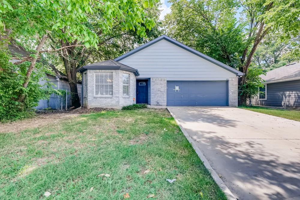 1120 Hattie  Street, Fort Worth, Texas 76104 - Acquisto Real Estate best frisco realtor Amy Gasperini 1031 exchange expert