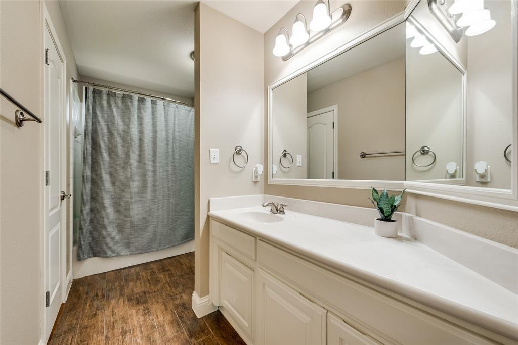 1721 Woodridge  Court, Aledo, Texas 76008 - acquisto real estate best realtor foreclosure real estate mike shepeherd walnut grove realtor