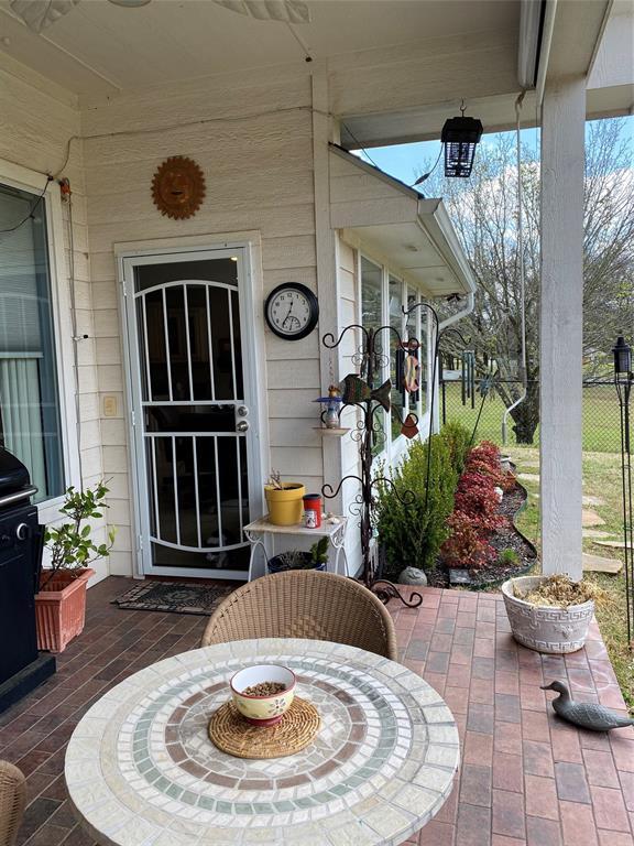 5308 Bello Vista  Drive, Sherman, Texas 75090 - acquisto real estate best frisco real estate agent amy gasperini panther creek realtor