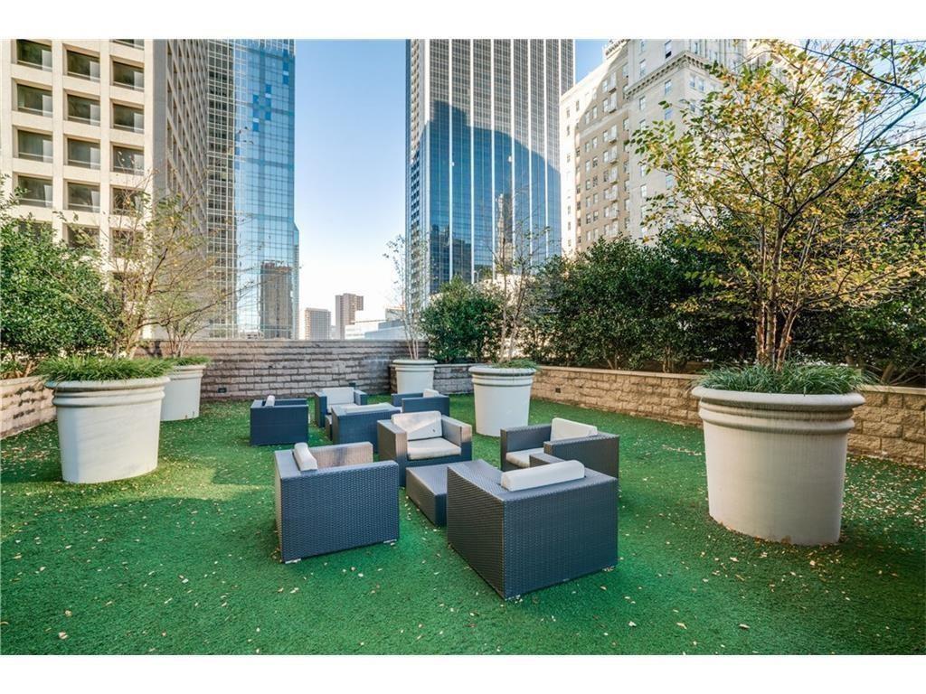 1200 Main  Street, Dallas, Texas 75202 - acquisto real estate best photos for luxury listings amy gasperini quick sale real estate