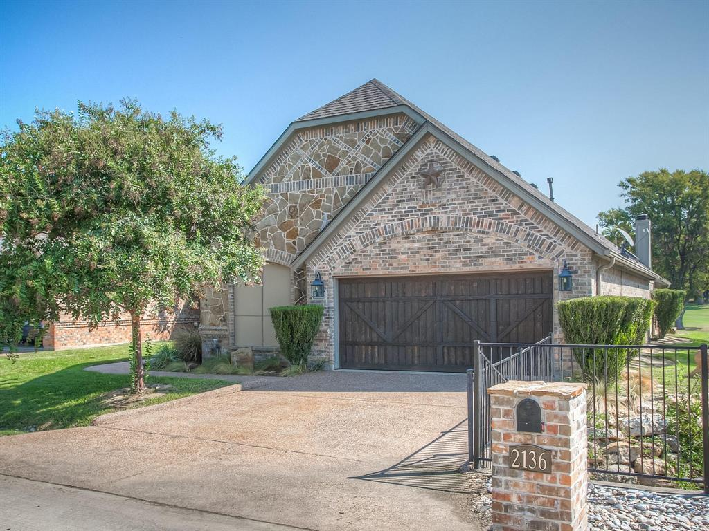 2136 Portwood  Way, Fort Worth, Texas 76179 - Acquisto Real Estate best plano realtor mike Shepherd home owners association expert