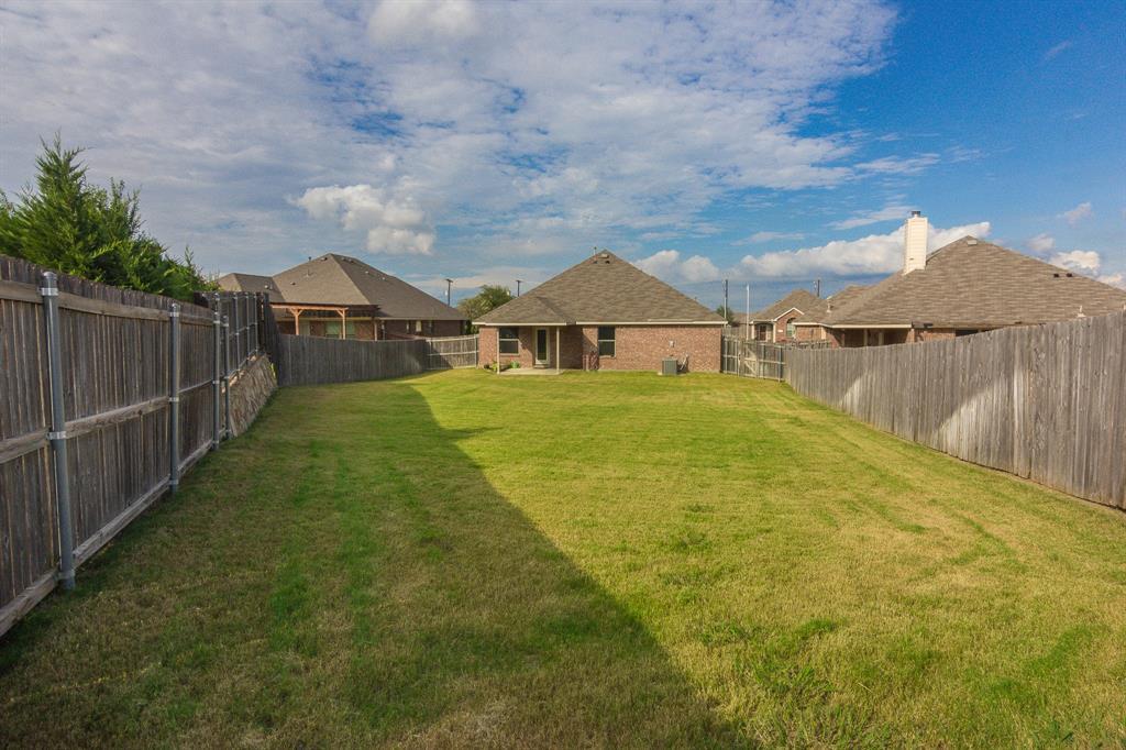 724 Sendero  Road, Arlington, Texas 76002 - acquisto real estate best realtor westlake susan cancemi kind realtor of the year