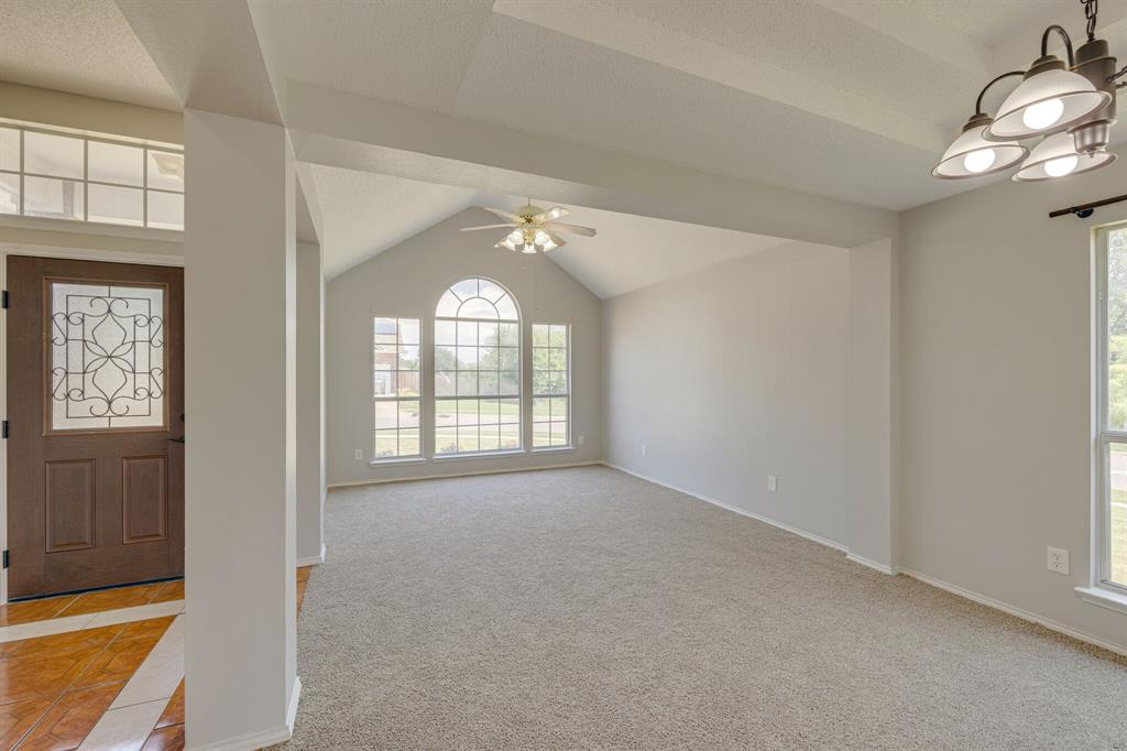 401 Watertown  Lane, Arlington, Texas 76002 - acquisto real estate best real estate company in frisco texas real estate showings